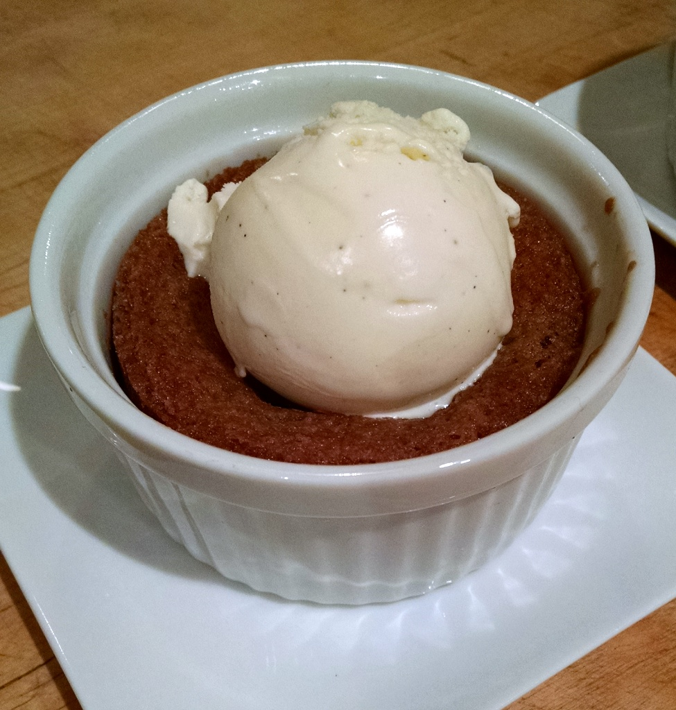 Deep dish chocolate chip cookie w/vanilla ice cream