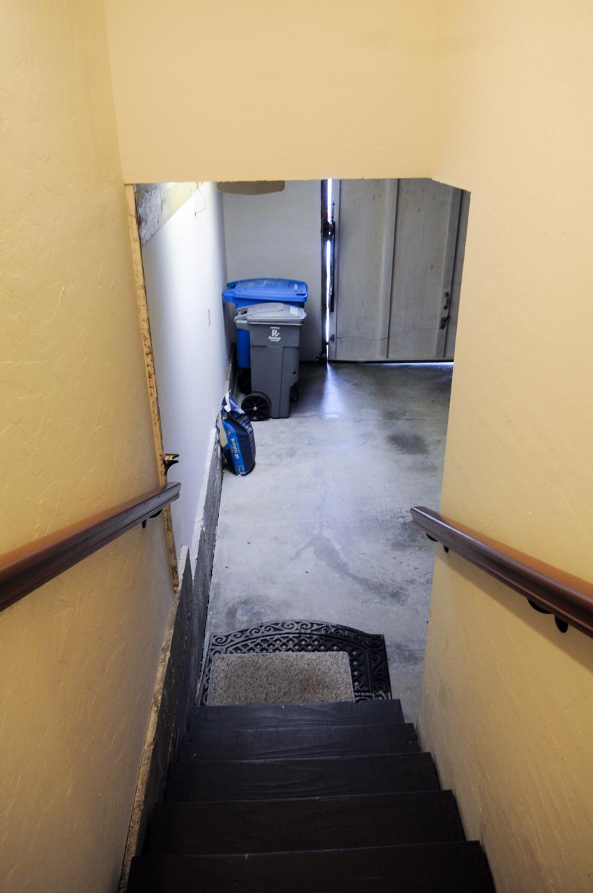 Stairs to garage 2